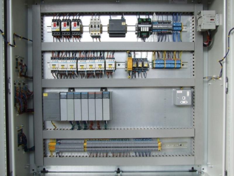 eVAR-PLC Programlanabilir Kontrol Panoları